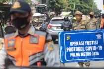 Kapolda Metro-Pangdam Jaya Sidak Operasi Yustisi di Terminal Grogol, Targetnya?