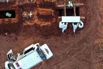 45 Jenazah Dikuburkan Hari Ini, Anies Baswedan Inspeksi TPU Pondok Ranggon