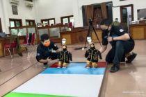 UMS Ikutkan Robot Penyemprot Disinfektan dalam Kontes Robot
